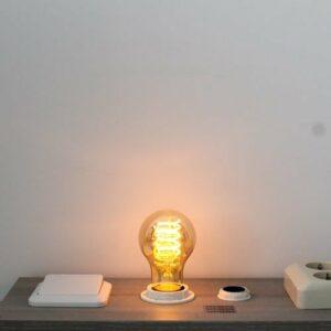 LED kooldraad E27 3Watt dimbaar A19 amber